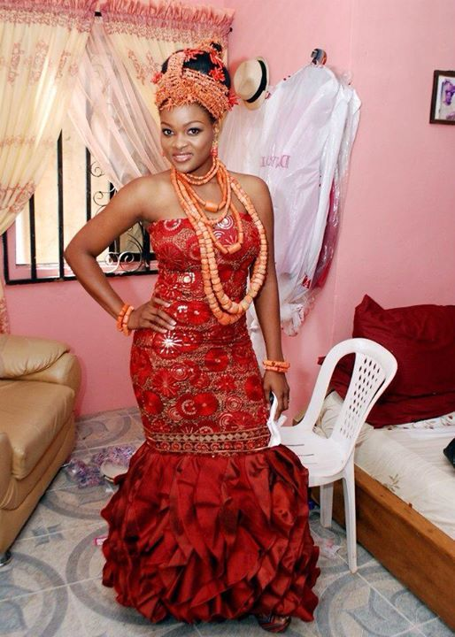 Osayamen edo benin bride bellanaija hmm pinterest for Nigerian traditional wedding dresses pictures
