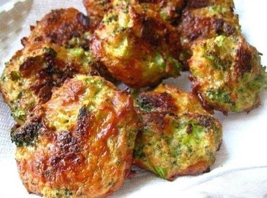 Bolinhos de brócolis com parmesão                                                                                                                                                                                 Mais