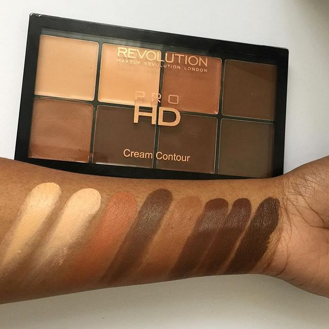 "makeup revolution Cream Contour palette swatches by @makeupbytammi ! DO WE LOVE? #CocoaSwatches Repost  Our HD pro cream contour kit in ""Med/Dark"" only £10✔️    #Regram via @cocoaswatches"