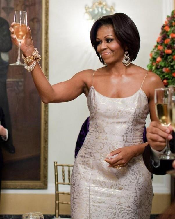 First Lady Michelle Obama in L'Wren Scott                                                                                                                                                     Plus                                                                                                                                                     Plus