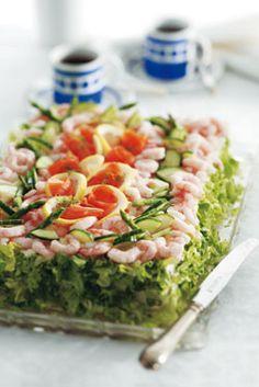 Fiskelagkage - en hæmningsløs lagkage af brød og fisk