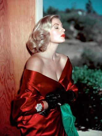 Анита экберг красное платье