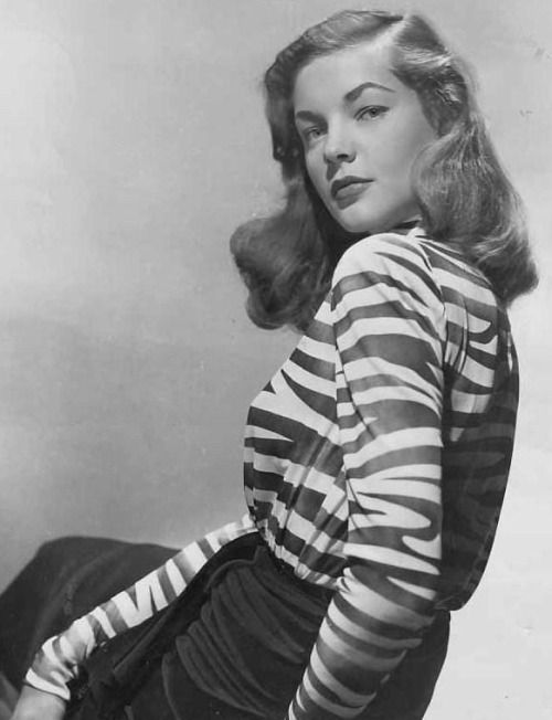 1728 best Lauren Bacall images on Pinterest | Classic ... Lauren Bacall Movies