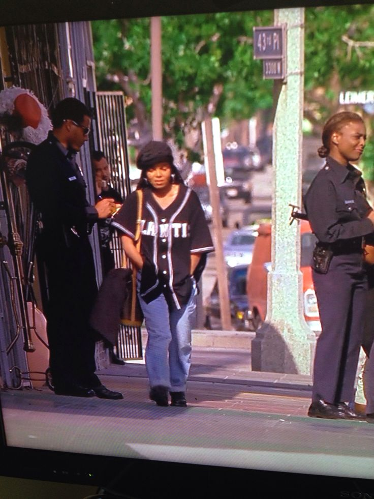 Janet Jackson's outfits in poetic justice is to die for