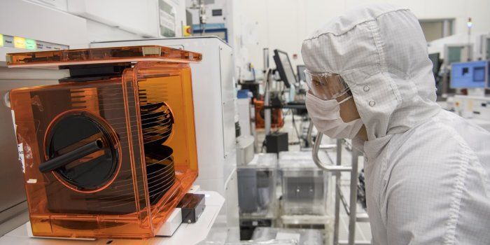 Gearing Up for More Chip Demand --  Outlook from Lam Research suggests steady growth ahead for semiconductor manufacturing gear