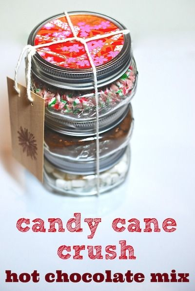 Yummy DIY Crushed Candy Cane and Marshmallow Hot Chocolate Mix