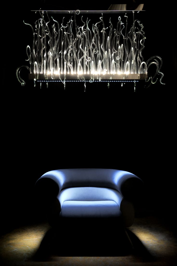 Reflection - #livia collection by #andromedamurano #interiorwarrior #interiordesign #luxurydesign #muranochandelier #architecture #architecturelovers #homedesign #modernarchitecture #interiorarchitecture
