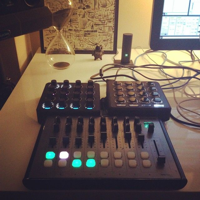 Machinedrum's live set up and a Pax Ploom