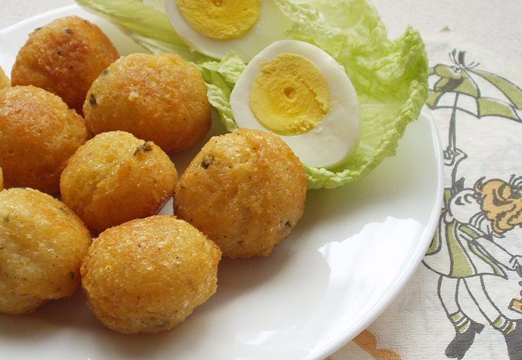 Sajtgolyó maradék tojásfehérjéből