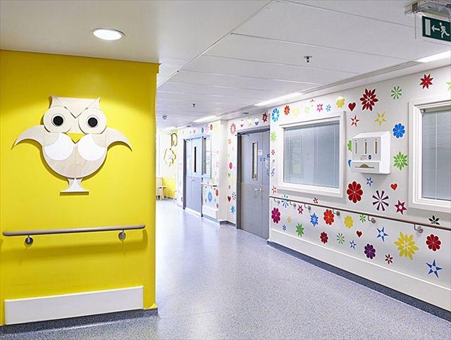 artists-mural-design-royal-london-children-hospital-vital-arts-12_R