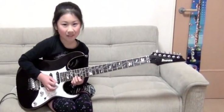 We hope you're having a wonderful weekend! Let's kick our Sunday off right, with this pint-sized guitarist! She seriously rocks :)  #AmyPoehlerSmartGirls