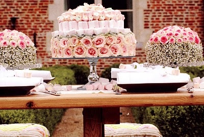 The Sew*er, The Caker, The CopyCat Maker: A Spin on Wedding Cake