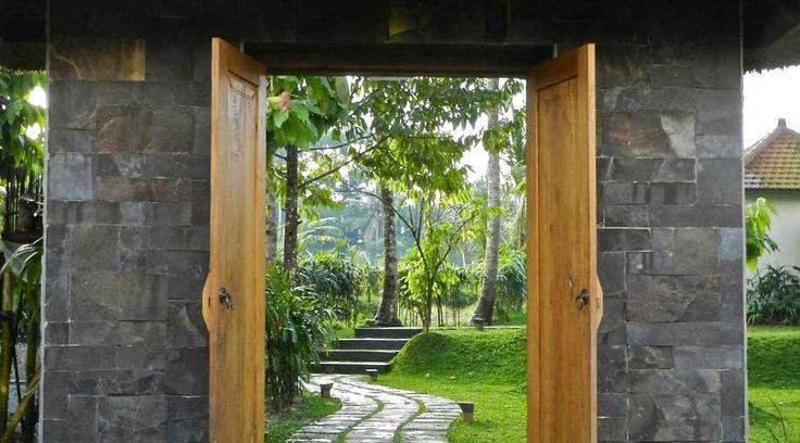 wood and stone - UmaJati - hotel in Bali, Indonesia