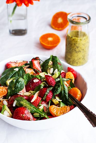 12 mouthwatering recipes for Easter brunch // Spinach and avocado fruit salad #easter #brunch #recipe: Brunch Recipe, Avocado Salad, Spring Time, Fruit Salads, Food, Healthy Eating, Avocado Fruit, Time Brunch 5, Easter Brunch