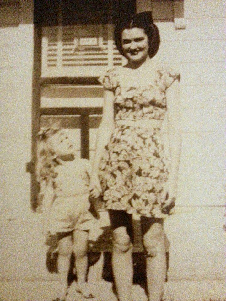 Sharon Tate with mother, Doris | Sharon Tate | Pinterest ...