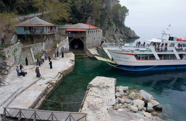 Άφιξη στη Μονή Γρηγορίου (Άγιο Όρος) - Arrival at Gregoriou Monastery (Mount Athos)