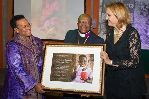 At  the annual meeting of the World Economic Forum in Davos, Archbishop Emeritus Desmond Tutu was honored as a Champion in the Battle against Hunger (7 January 2012, Photo: WFP/Rein Skullerud)