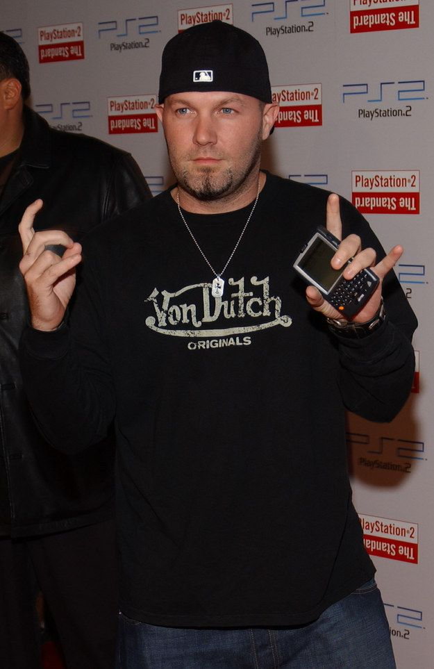 Fred Durst, a PalmPilot (?), and a Von Dutch shirt. Enough said. | 40 Pictures That Perfectly Sum Up 2000–2005