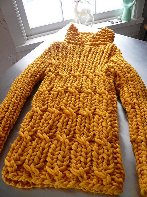Pullover, big knit, cable pattern.