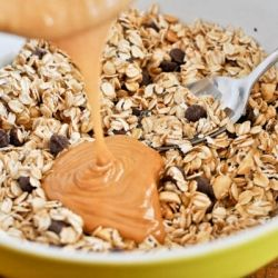 5 ingredient peanut butter granola bars. Why eat store-bought when you can make your own and know exactly what's in them!