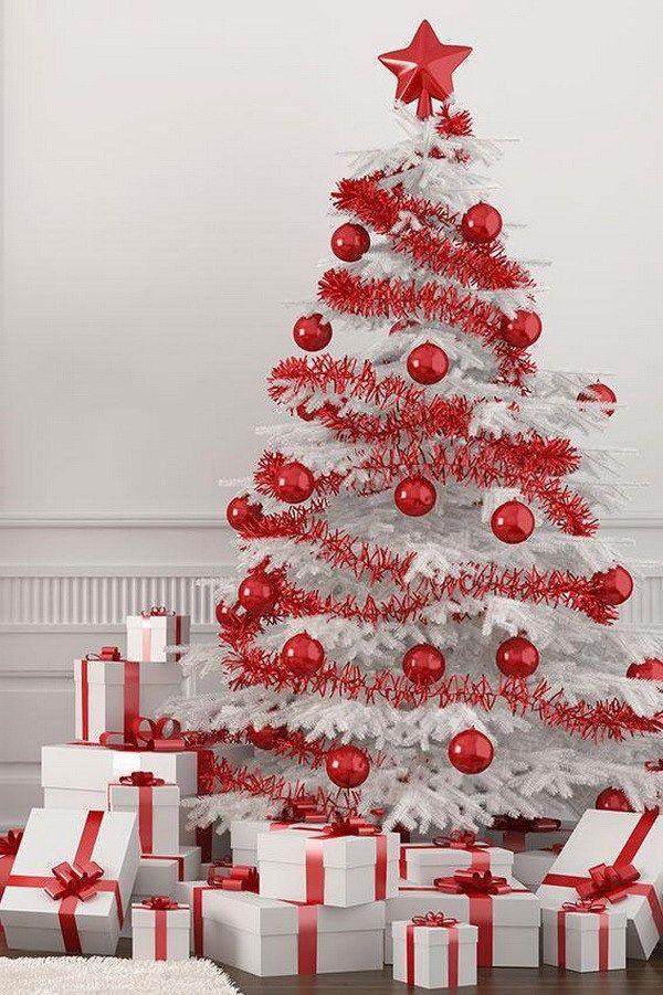 Бело красная елка фото