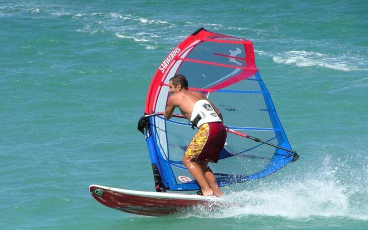 Midilli Adası Rüzgar Sörfü