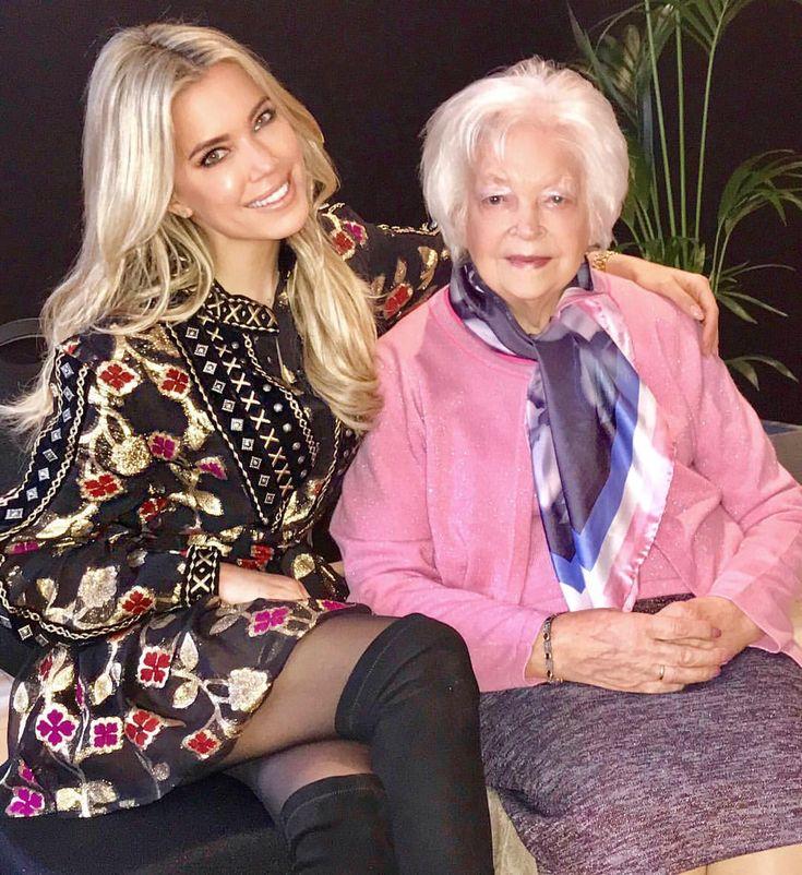25.9K vind-ik-leuks, 386 reacties - Sylvie Meis Official Account (@1misssmeis) op Instagram: 'This beautiful lady is my grandmother Joanna... I feel so incredibly grateful to celebrate her 90th…'