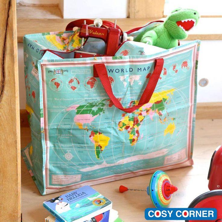 Ευρύχωρη τσάντα με φερμουάρ και χερούλια. Ιδανικό για την αποθήκευση ρούχων, λευκά είδη, παιχνίδια και για τα άπλυτα. http://goo.gl/PVLYCE