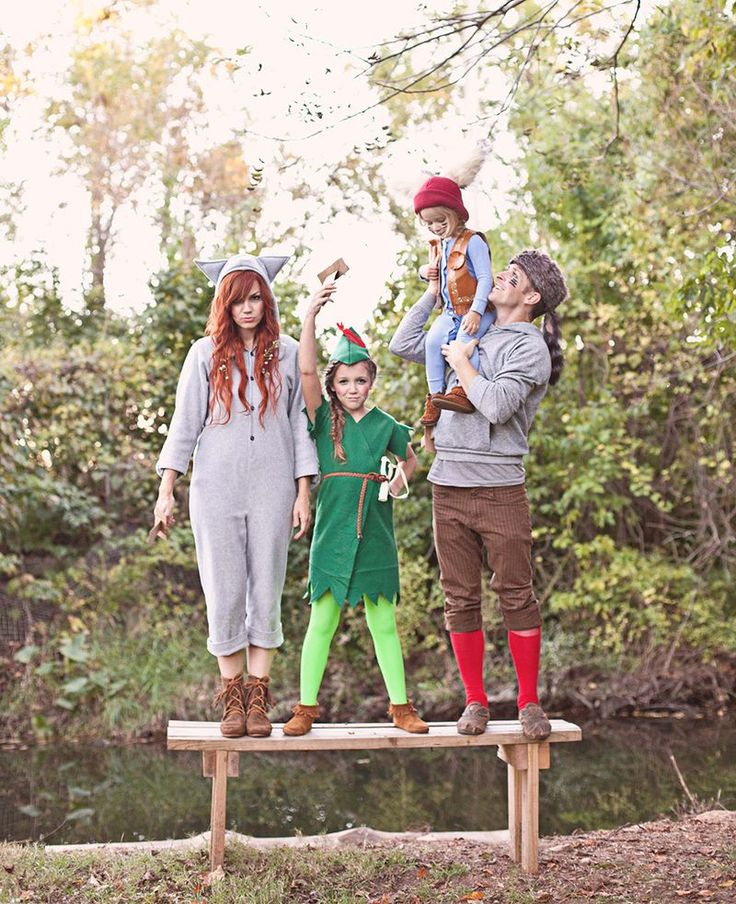 Peter Pan and the Lost Boys Family Halloween Costume DIY