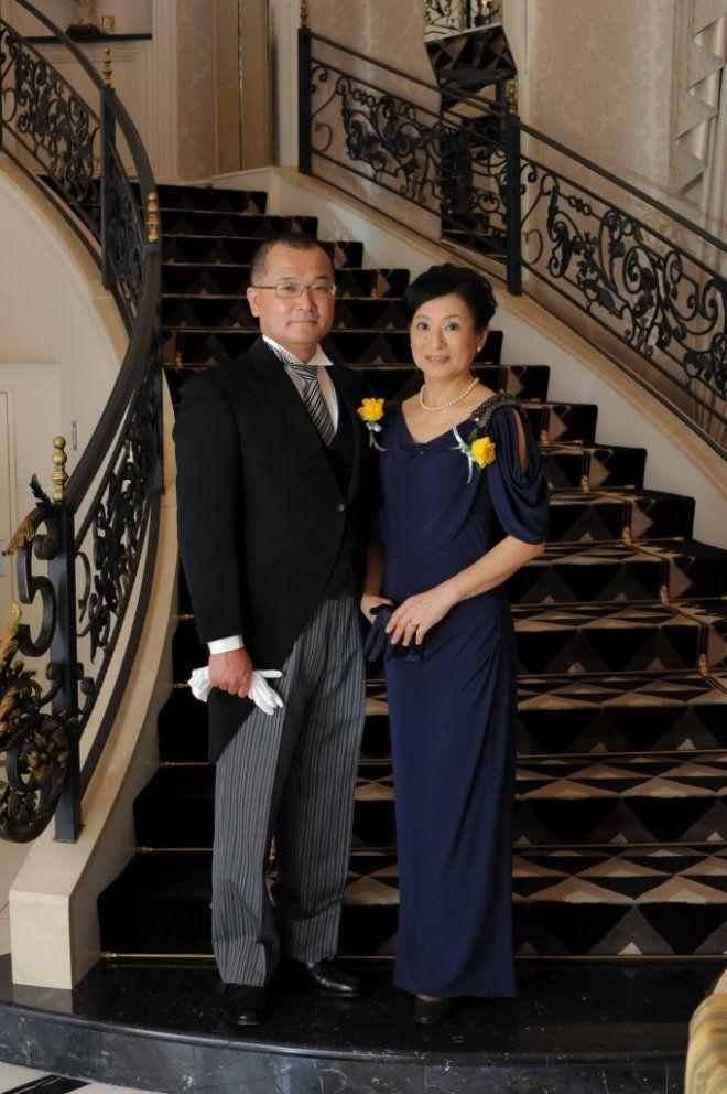 両親の洋装はエレガントさを意識して…♪ 披露宴の親族衣装まとめ。二次会や1.5次会の参考にも☆