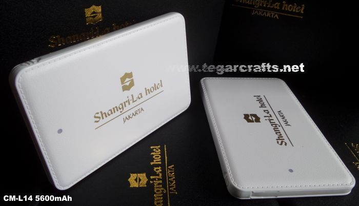 CM-14 The Slim Power Bank Unit size: 10.4 x 6.85 x 0.98cm, ordered by Shangri-La Hotel, Jakarta Indonesia. Super Slim, Stylish, Compact, Portable & Fashionable. -Intelligent multi protection circuits over charge protection. - Large print area to display your company's logo. USB cable included.
