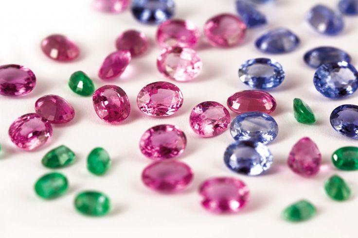 L'eccellenza italiana nel campo della lavorazione delle gemme e del prezioso tutto Made in Italy! http://www.fillyourhomewithlove.com/cesari-rinaldi-gemmai/  Zaffiri-Rosa-Zaffiri-Blu cesari e rinaldi
