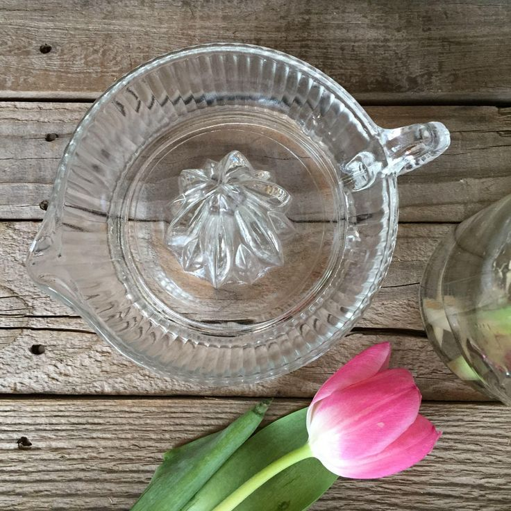 Classic vintage glass juicer and citrus reamer farmhouse vintage kitchen decor retro Anchor Hocking by Atatteredtulip on Etsy