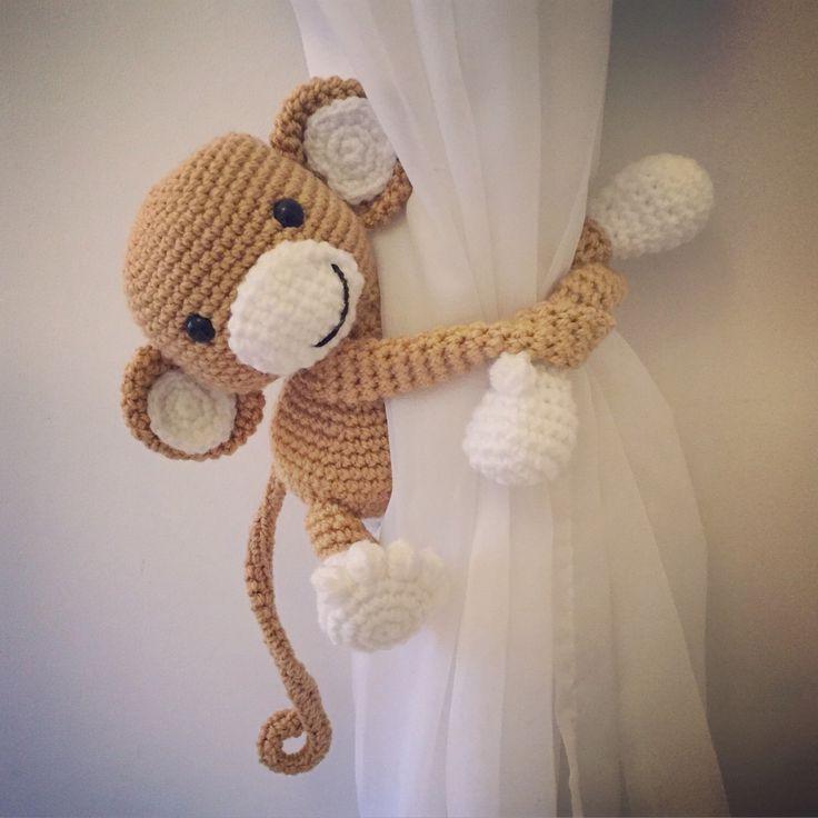 Monkey curtain tie back, nursery, crochet, handmade by niceandcosee on Etsy https://www.etsy.com/listing/266493634/monkey-curtain-tie-back-nursery-crochet
