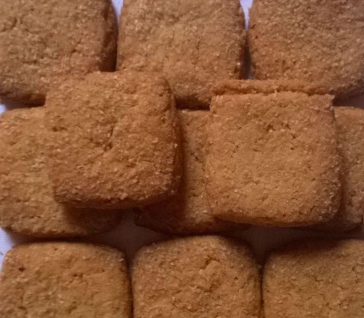Atta Choker Biscuits, Premium Quality 200 Grams