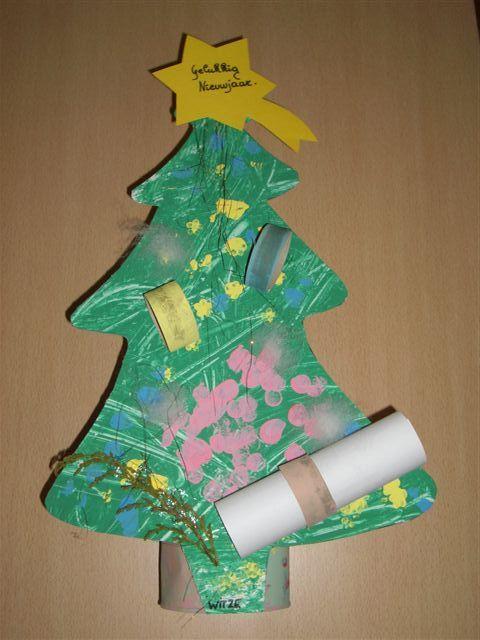 Nieuwjaarsbrief peuters: kerstboom Rimmel, rammel busje in mijn mond kriebelt een kusje. Een kusje voor het nieuwe jaar. Houd u allemaal maar klaar! (1K)