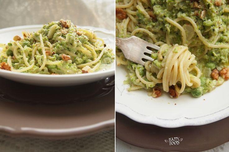 HAPPYFOOD - Спагетти с соусом из горошка и козьим сыром