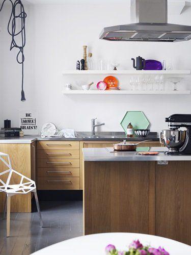 wood kitchen + open white shelving