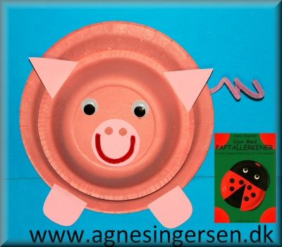 Grisen har jeg lavet efter min bog Sjov Med Paptallerkener som jeg udgav i 2005. Grisen er lavet næsten lige efter bogen  :) Du finder skabelonerne og vejledningen til grisen lige her:  http://agnesingersen.dk/blog/gris