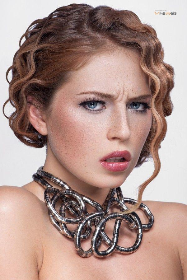 Model | Rahel Chiwitt MakeUp & Hair | Britta Meyerling Photographer | Mike Weis Photodesign