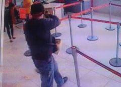 Roban más de 220 mil pesos a un hombre dentro de banco en Metepec