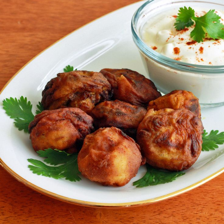 Tandoori Breaded and Fried Mushrooms with a refreshing dipping sauce.