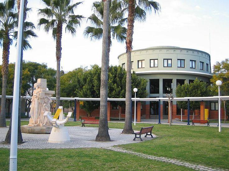 UMH/Universidad Miguel Hernández - Campus de Desamparados.