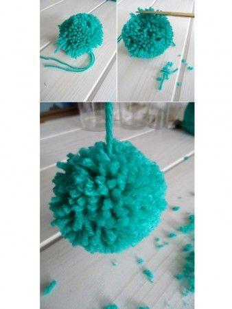 como hacer pompones de lana rematando el pompom