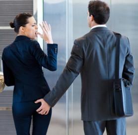 """Molesta due impiegate in ufficio, assolto direttore: """"Era immaturo, agì per scherzo"""": http://www.lavorofisco.it/molesta-due-impiegate-in-ufficio-assolto-direttore-era-immaturo-agi-per-scherzo.html"""