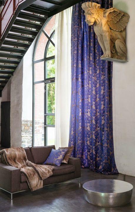DIVA: Caídas decorativas en doble ancho. / Caigudes decoratives en doble ample. #raschtextil #blue #azul #blau #ontariofabrics