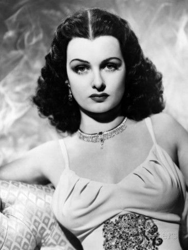 Actress Joan Bennett was born today 2-27 in 1910. She worked on stage and appeared in more then 70 films from the silents long into the sound era and worked in TV as well. Some of her many credits include Scarlet Street, The Women in the Widow, Me and My Gal, Little Women (1933), The Macomber Affair and Father of the Bride. She played Elizabeth Collins Stoddard on TVs Dark Shadows in the mid 60s-early 70s. She passed in 1990.