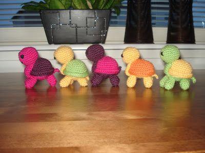 TAIKSI: Amigurumit - kilpikonnat