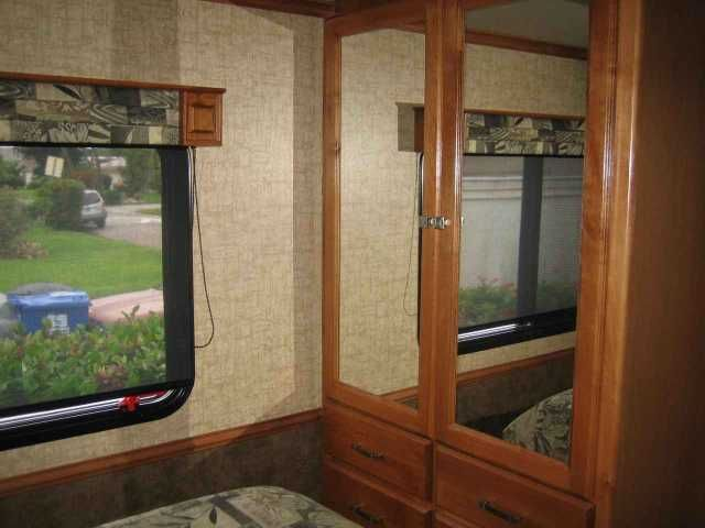 2015 Used Tiffin Motorhomes Allegro Breeze 32 BR Class A in Florida FL.Recreational Vehicle, rv, 2015 Tiffin Motorhomes Allegro Breeze 32 BR, 2015 Tiffin Allegro Breeze 32BR with 2 slides and less than 6300 miles. This bus has not seen any pets nor has it been smoked in. This RV is approximately 33 feet in length with a Powerglide Maxforce engine (Used in International Harvester Trucks) (DOES NOT NEED D.E.F.), 6 speed Allison Auto Transmission w/economy mode,Power Glide chassis, 6KW Onan…