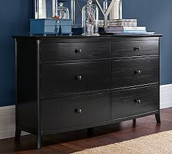 A Refined Coastal Style Defines This Bedroom Collection The Extra Wide Dresser Offers Ample Storage